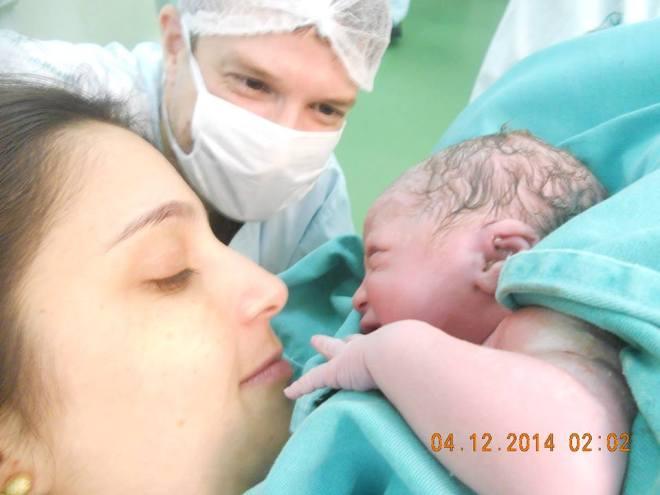 Paula e Wagner no nascimento do filho